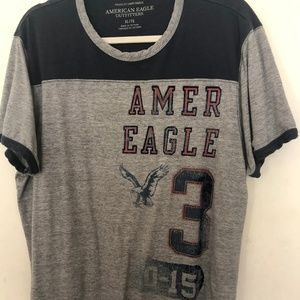 American Eagle Outfitters Athletic Fit T shirt XL